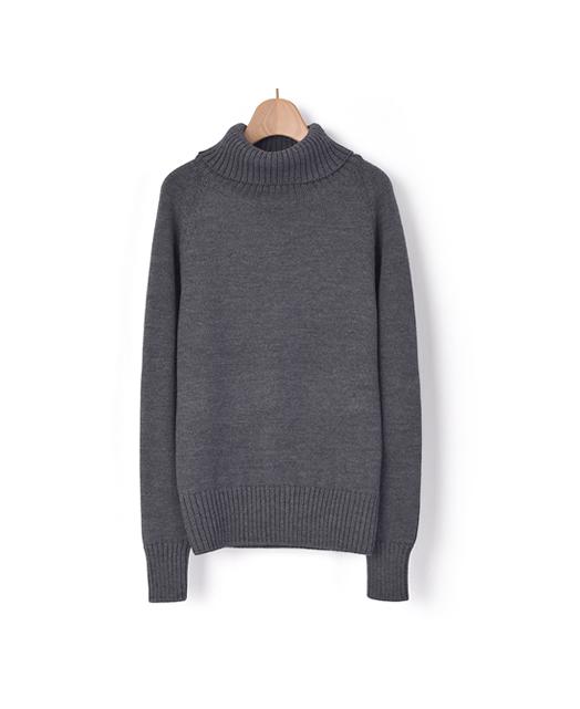 高领针织毛衣