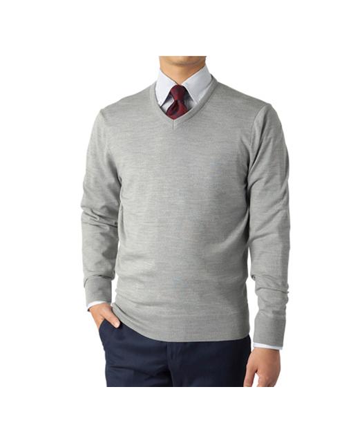 V领针织衫