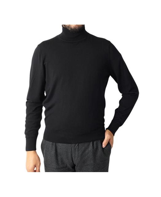 高领针织衫